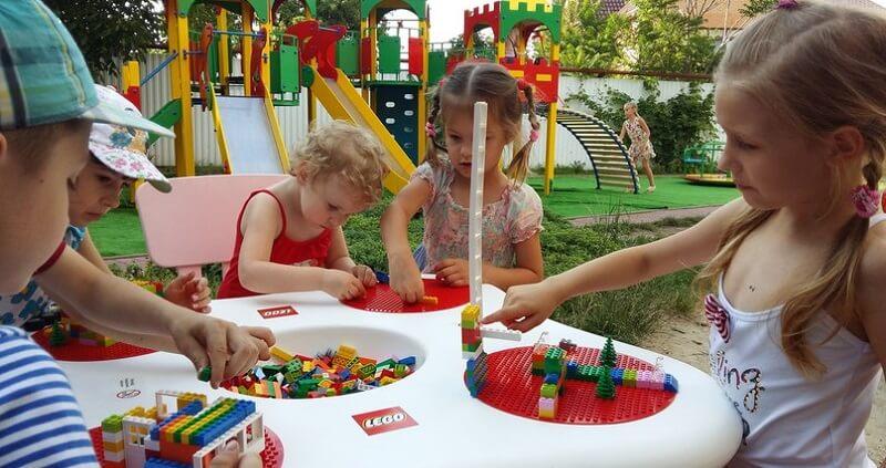 Игры в частном детском саду Капитошка